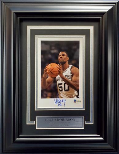 David Robinson Autographed Framed 5x8 Photo San Antonio Spurs Beckett BAS Stock #193863