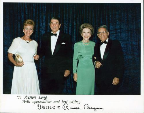 Ronald Reagan & Nancy Reagan Signed 8x10 Official White House Photo BAS #AA00657