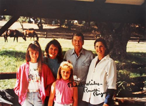 """Ronald Reagan """"Best Wishes"""" Signed 8x10 Photo Autographed BAS #Z86594"""
