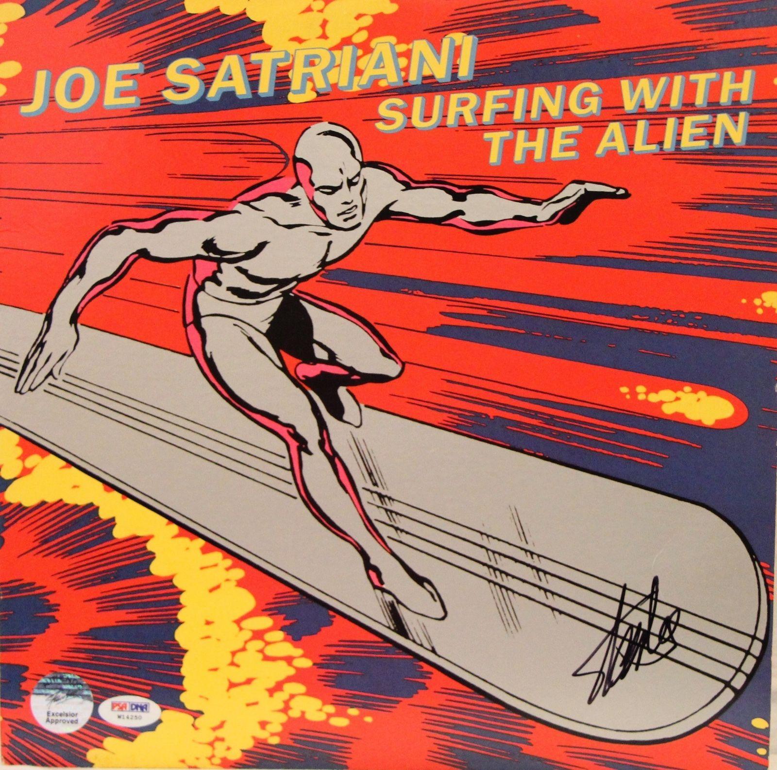 "STAN LEE Signed Joe Satriani ""Surfing With The Alien"" Album LP PSA/DNA #W14250"
