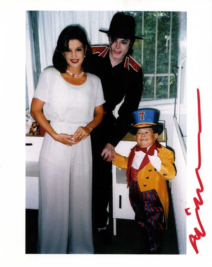Michu Autographed Signed 8x10 With Michael Jackson Photo AFTAL UACC RD COA