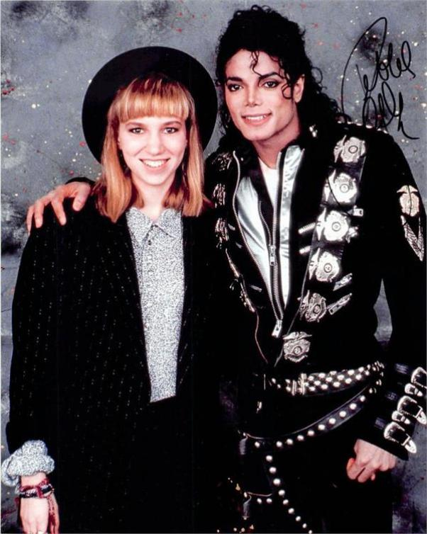 Debbie Gibson autographed 8x10 Photo (Singer pictured with Michael Jackson) Image #SC4