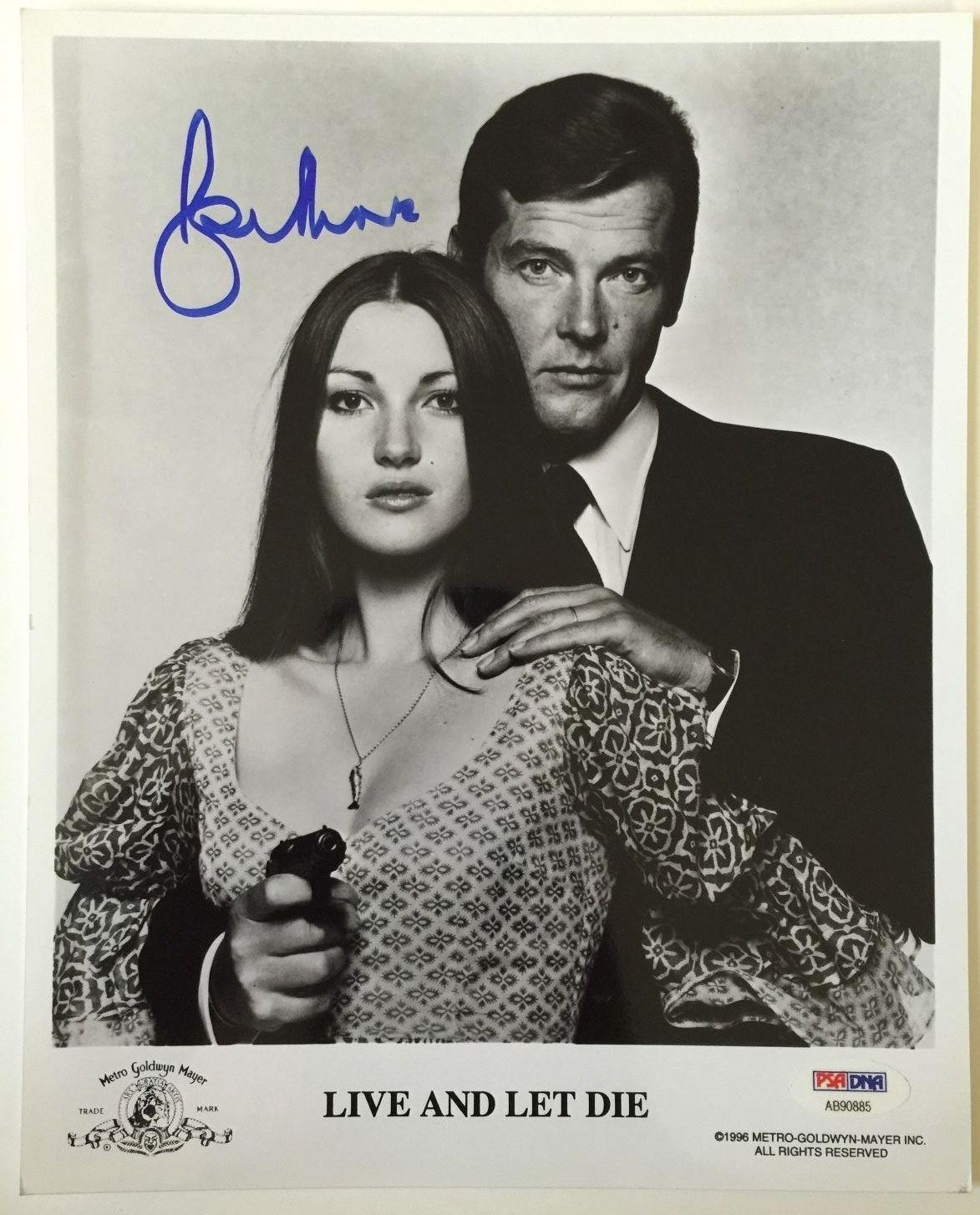 ROGER MOORE Signed JAMES BOND 007 Live and Let Die Movie 8x10 Photo PSA/DNA COA