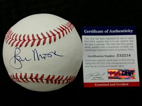 ROGER MOORE Signed Rawlings Baseball Auto JAMES BOND 007 Actor w/ PSA/DNA COA