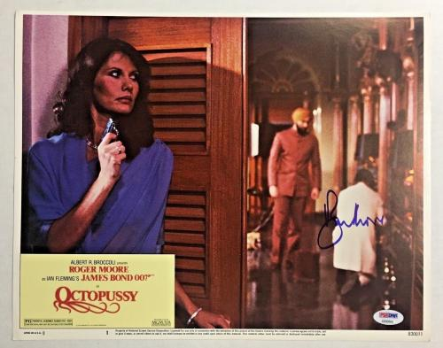 ROGER MOORE Signed JAMES BOND 007 OCTOPUSSY Original Lobby Card PSA/DNA COA H