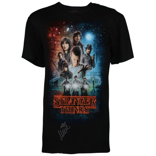 Millie Bobby Brown Stranger Things Autographed Group Shot Graphic T-Shirt - BAS