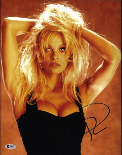 Pamela Anderson Signed 11x14 Photo - Pam Sexy Hair In Hands Beckett BAS