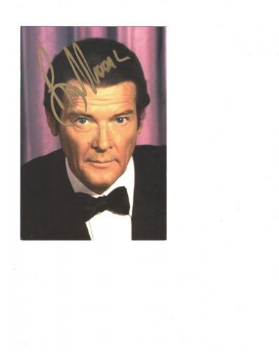 ROGER MOORE HAND SIGNED 4x6 COLOR PHOTO    AWESOME POSE AS JAMES BOND 007    JSA