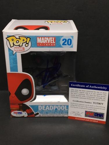 Stan Lee Signed Marvel Universe: Deadpool Funko POP #20 PSA Y17977