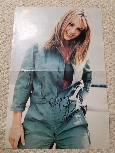 Britney Spears Signed 10 1/2 X 16 Color Magazine Fold Out Jsa Spence Coa To Ryan