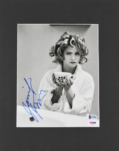 Jennifer Jason Leigh Single White Female Signed Matted Magazine Page Photo BAS