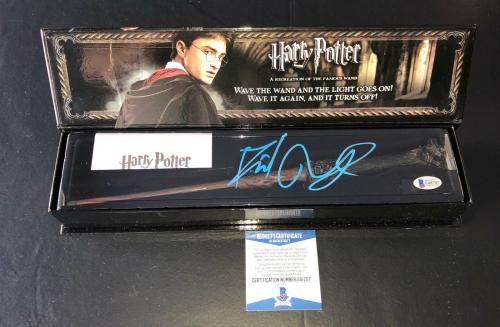 Daniel Radcliffe Signed Autograph Harry Potter Illuminating Wand Bas Beckett 18