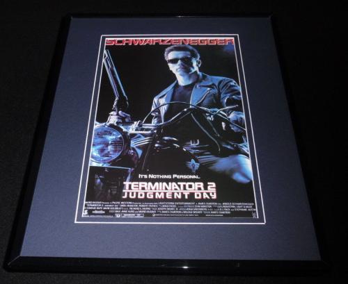 Autographed Arnold Schwarzenegger Memorabilia: Signed Photos