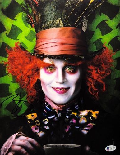 Johnny Depp Signed 'Alice in Wonderland' 11x14 Photo *Mad Hatter BAS E49654