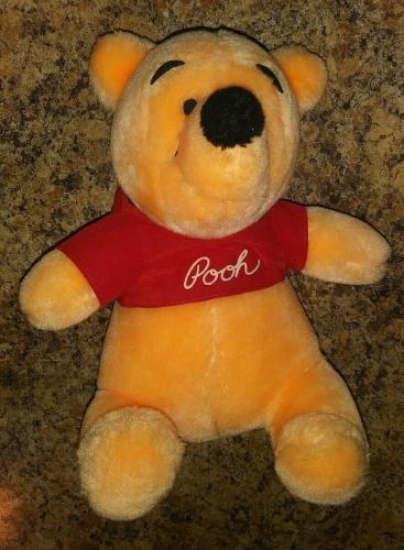 Disneyland Disney Winnie The Pooh Collectible 8' Plush Toy Vintage Authentic