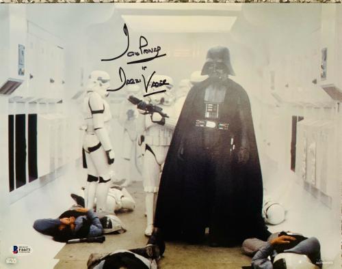 Dave Prowse Signed Star Wars Darth Vader 11x14 Photo Beckett BAS 11
