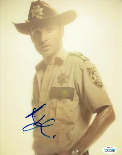 ANDREW LINCOLN signed (THE WALKING DEAD) 8X10 photo *Rick Grimes* TWD ACOA #1