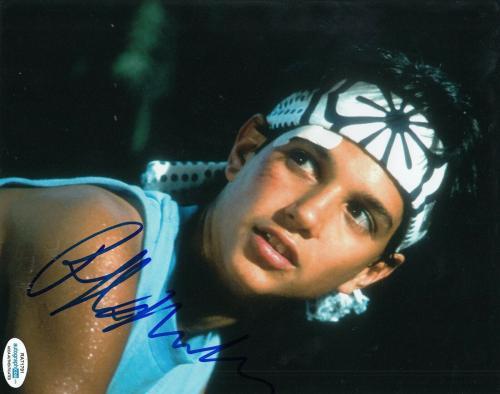 RALPH MACCHIO signed (THE KARATE KID) Movie 8x10 photo *Daniel Larusso* ACOA #4