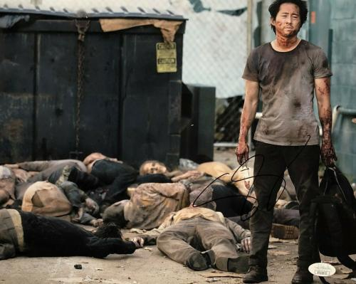 Stephen Yeun Signed Autographed 11x14 Photo JSA Glenn The Walking Dead
