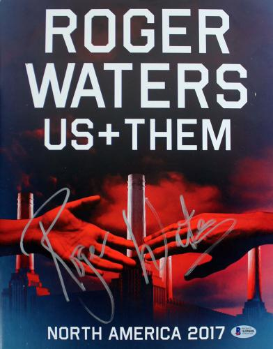 Roger Waters Pink Floyd Signed 11x14 2017 Us + Them Tour Program BAS #A09808