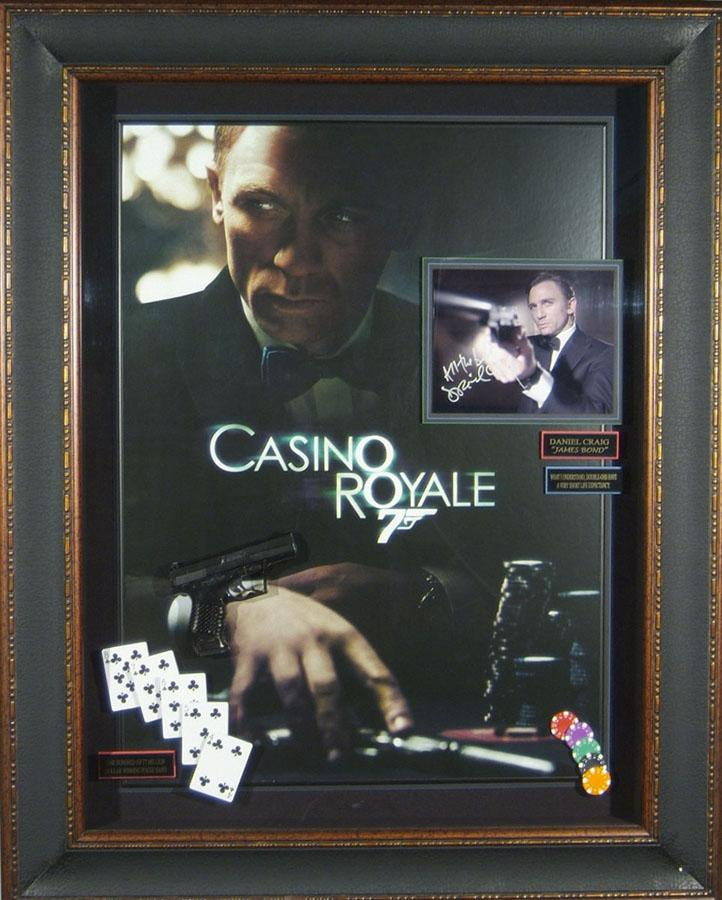 James Bond 007 - Casino Royale Daniel Craig Signed Movie Dis