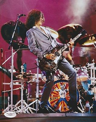 Joe Perry Autographed Photo - AEROSMITH 8X10 JSA