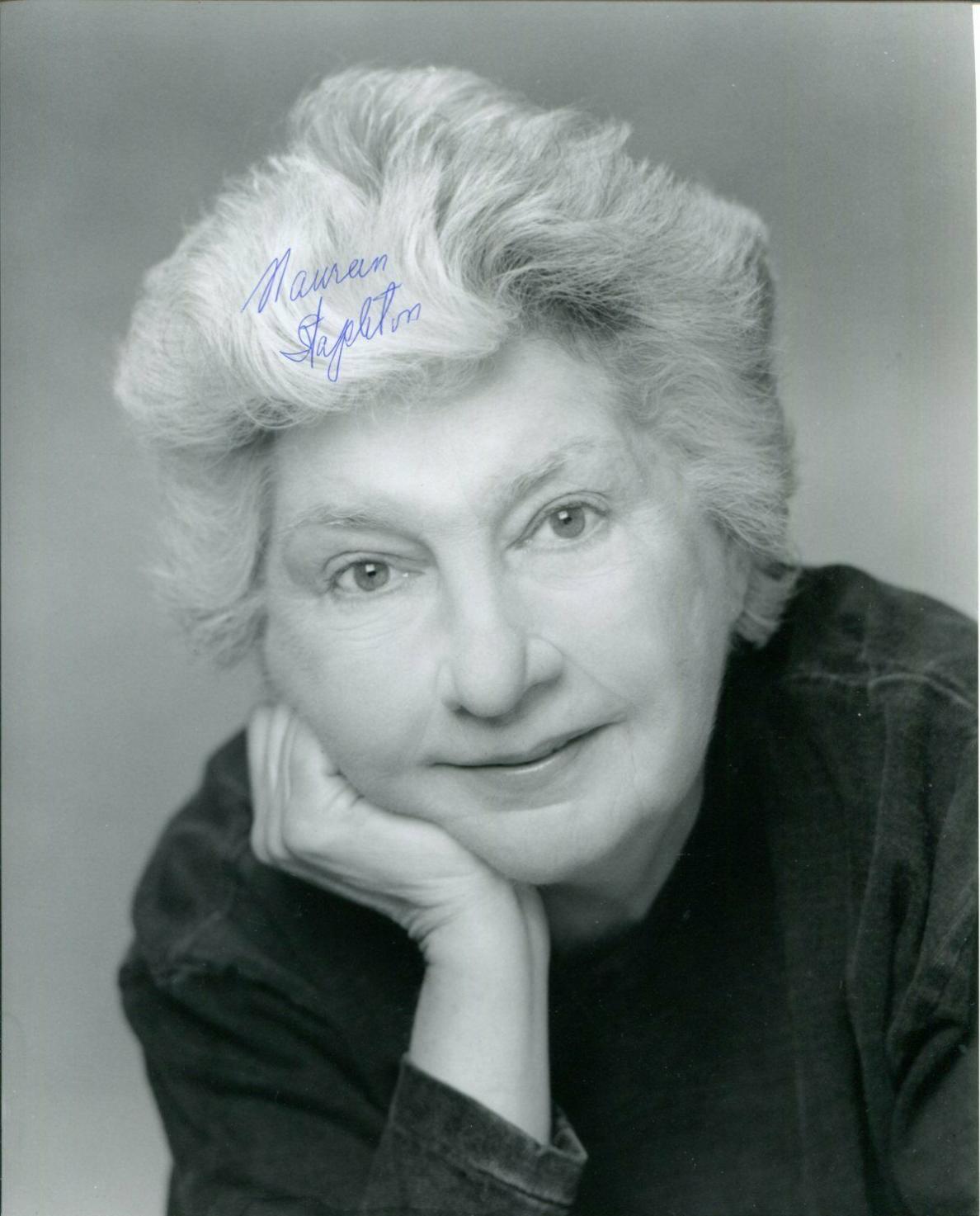 Maureen Stapleton Reds Airport Cocoon Oscar Winner Signed Autograph Photo