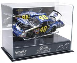Jimmie Johnson 2007 NEXTEL Cup Champ 1/24th Die Cast Display Case with Platform - Mounted Memories