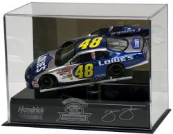 Jimmie Johnson '06 Champ 1:24 Die-Cast Display - Mounted Memories