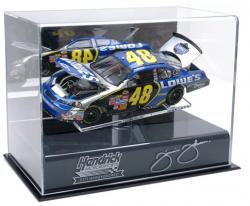 Jimmie Johnson 1:24 Die-Cast 25th Anniversary Display Case with Platform - Mounted Memories
