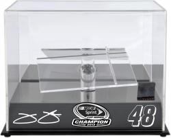Jimmie Johnson 2013 Sprint Cup Series Champion 1:24-Scale Die-Cast Display Case with Race-Used Tire - Mounted Memories