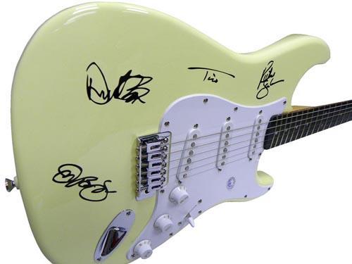 Bon Jovi Autographed Facsimile Signed Fender Guitar Jon Bon Jovi Richie Sambora ++