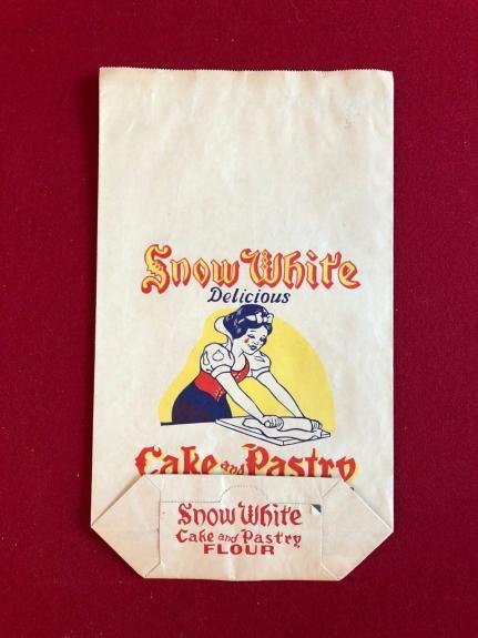 """1940's Walt Disney, Snow White, """"Un-Used"""" Large Flour Paper Bag"""