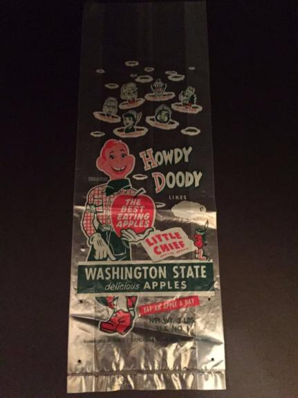 """1950's Howdy Doody, """"Un-Used"""" """"Washington State  Apples"""" Bag"""