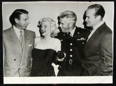 1953 Marilyn Monroe, Joe DiMaggio, Bob Hope, General William Dean, Orig Photo