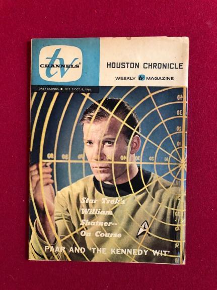 """1966, Star Trek (Capt. Kirk), """"TV Channels"""" Guide (Scarce)  William Shatner"""