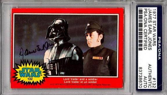"1977 Topps STAR WARS JAMES EARL JONES Signed ""Darth Vader"" Card PSA/DNA SLABBED"