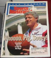 1994 President Bill Clinton Arkansas Razorbacks SIGNED Sports Illustrated SI COA