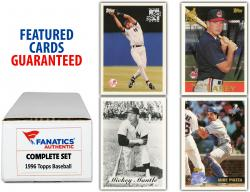 1996 Topps Baseball Complete Set of 440 Cards - Mounted Memories