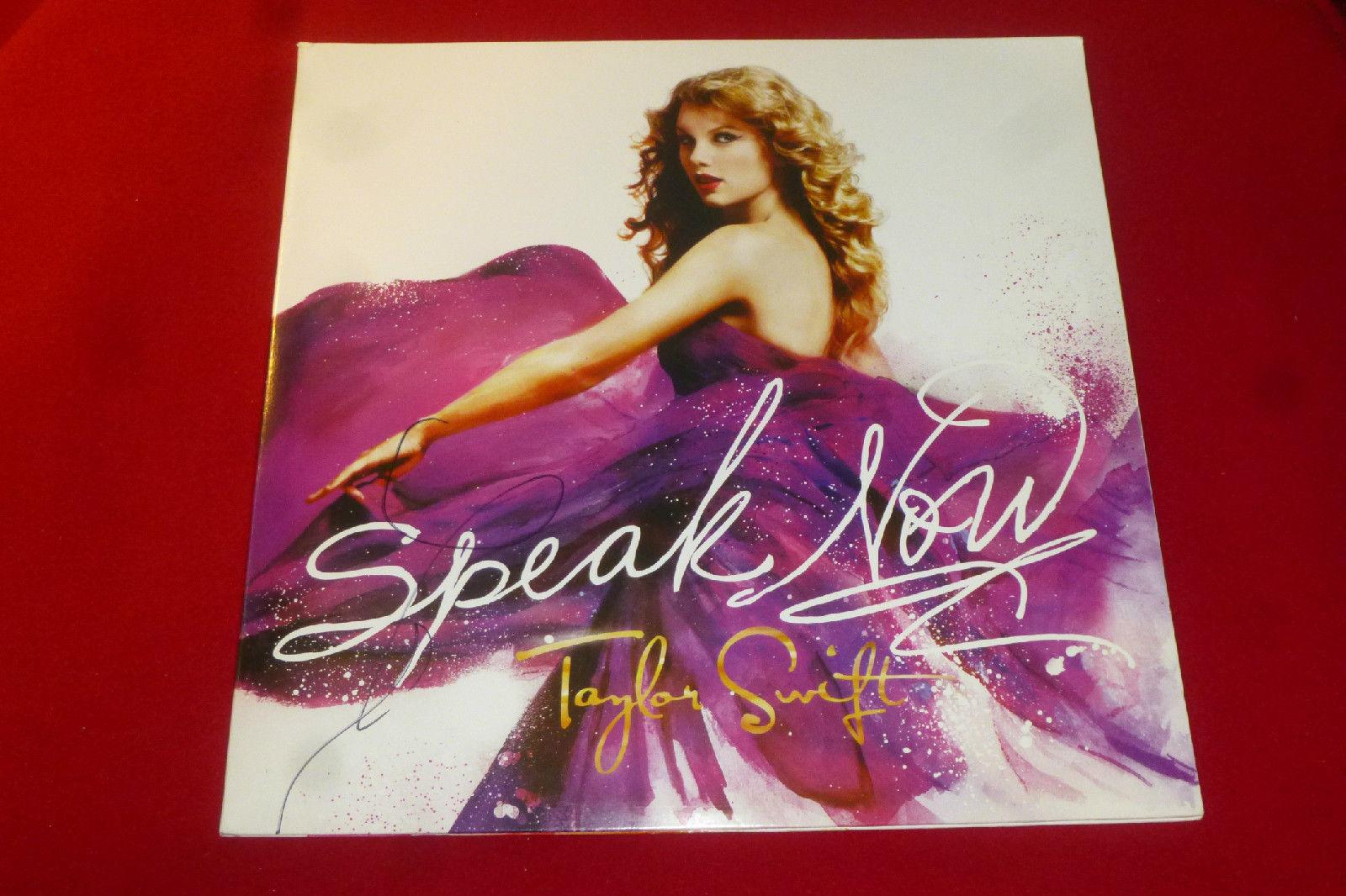 sexy TAYLOR SWIFT signed new speak now LP abum COA