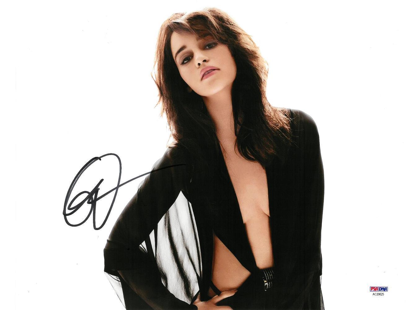 Emilia Clarke Signed Authentic Autographed 11x14 Photo PSA/DNA #AC20625