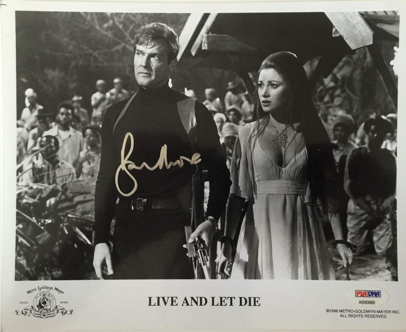 ROGER MOORE Signed JAMES BOND 007 Live and Let Die Movie 8x10 Photo PSA/DNA COA!