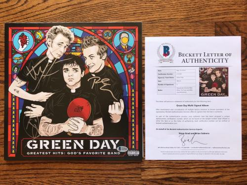 Green Day Band Signed Greatest Hits: Gods Favorite Band Record Bas Loa #a12540