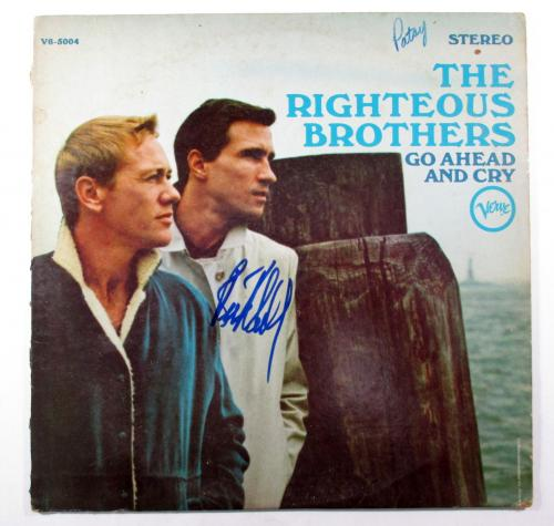 Bill Medley Signed Album The Righteous Brothers Go Ahead and Cry AUTO DF013371