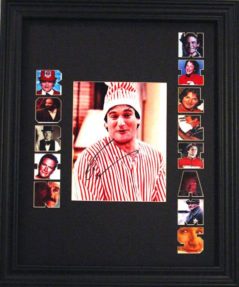 ROBIN WILLIAMS Framed 1 OF A KIND SIGNED Photo Display    AFTAL