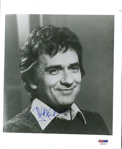 Dudley Moore Signed Psa/dna Certified 8x10 Photo Authentic Autograph
