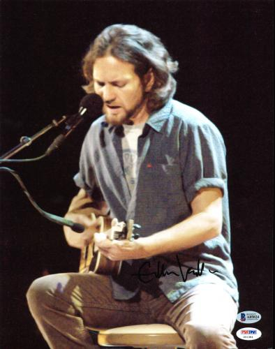Autographed Eddie Vedder Memorabilia: Signed Photos & Other Items