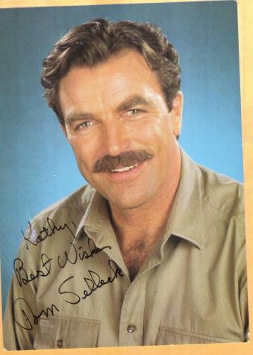 Tom Selleck-signed photo-28 a