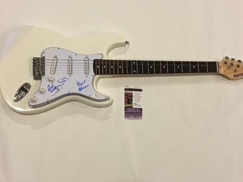Kansas Signed White Electric Guitar Kerry Livgren 4 Original Members Jsa Coa