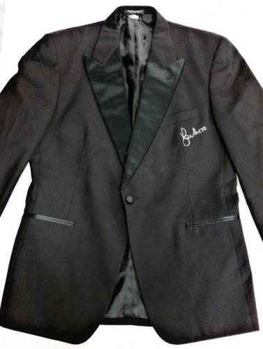ROGER MOORE Signed Tuxedo Jacket Suit Blazer JAMES BOND 007 w/ Beckett BAS COA